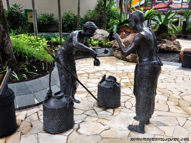 indian-settlers-of-telok-ayer-bronze-sculptures