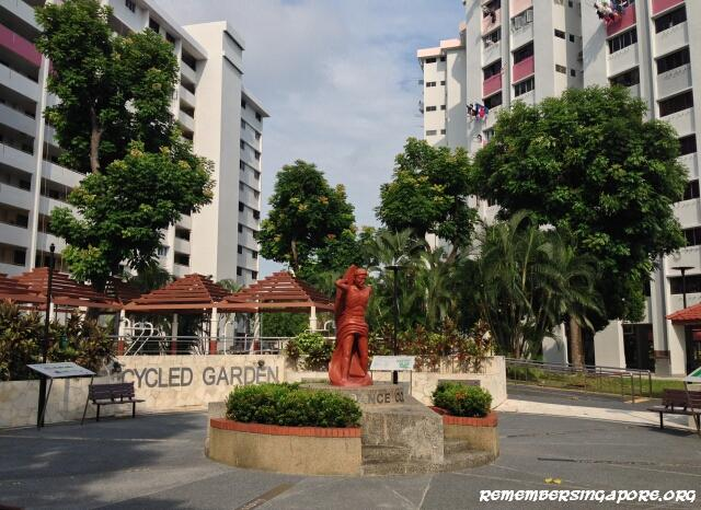 west-coast-road-hdb-flats-recycled-garden