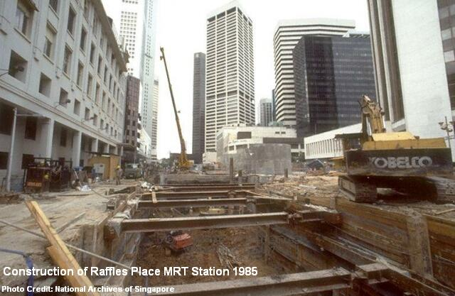 construction of raffles place mrt station 1985