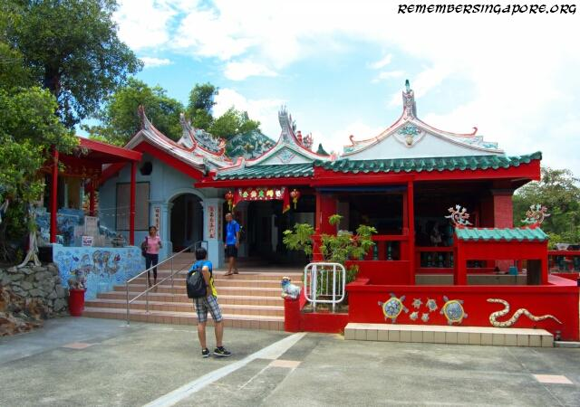 kusu island tua pek kong temple2