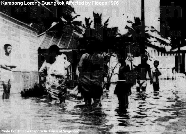 kampong lorong buangkok flooded 1976