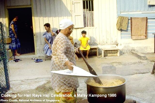 hari-raya-haji-cooking-malay-kampong-1986